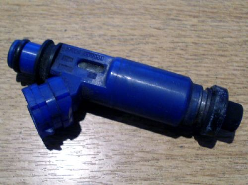 Fuel injector, Mazda MX-5 1.6 mk2 & mk2.5, B5C913250, USED